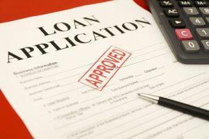 Jak firmy pożyczkowe podchodzą do kwestii dochodu?