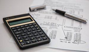 Ubezpieczenie pożyczki i kredytu. Jak to działa?